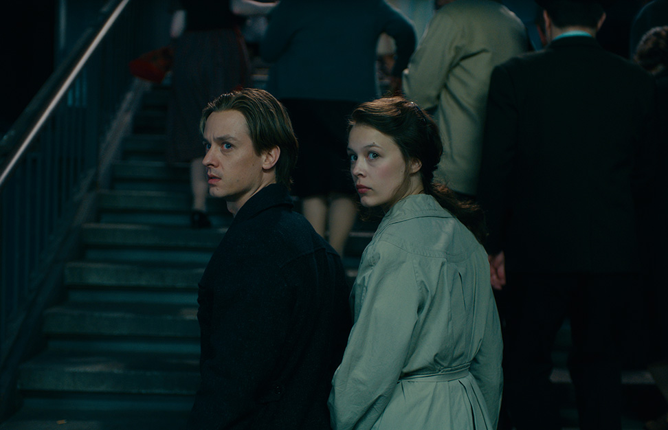 NEVER LOOK AWAY © 2018 BUENA VISTA INTERNATIONAL/Pergamon Film/Wiedemann & Berg Film